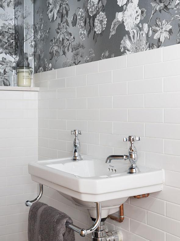 Oxford refurbishment showing internal cloakroom with Designers Guild Alexandria wallpaper and white brick bond metro tiles