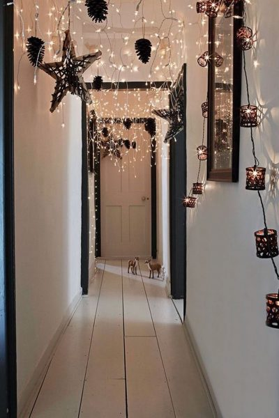 hygge-christmas-decorations-hallway